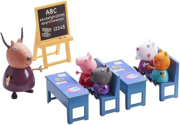 Peppa Pig CLASSROOM PLAYSET - Includes 5 Figures - New